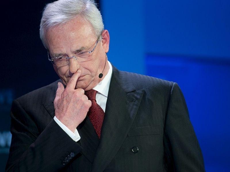 4679 Stuttgart prosecutors suspend investigation into ex-VW CEO Winterkorn